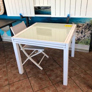 tavolo allungabile da giardino 90x90 struttura in alluminio piano in vetro temperato